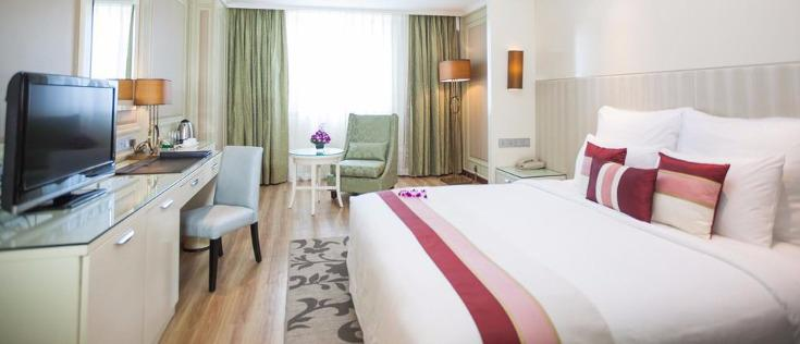 Windsor Plaza Hotel (5*)